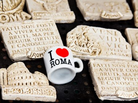 Які сувеніри привезти з Риму?