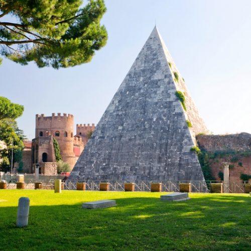 Пирамида Гая Цестия, Рим